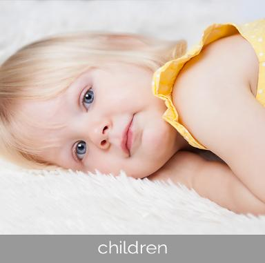 children's photography sessions by Sarah Lee Photography - based in Rogerstone and covering Newport, Cardiff, Cwmbran, Usk and Caerphilly areas