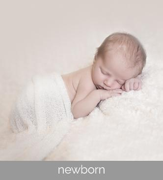 newborn photography sessions by Sarah Lee Photography - based in Rogerstone and covering Newport, Cardiff, Cwmbran, Usk and Caerphilly areas